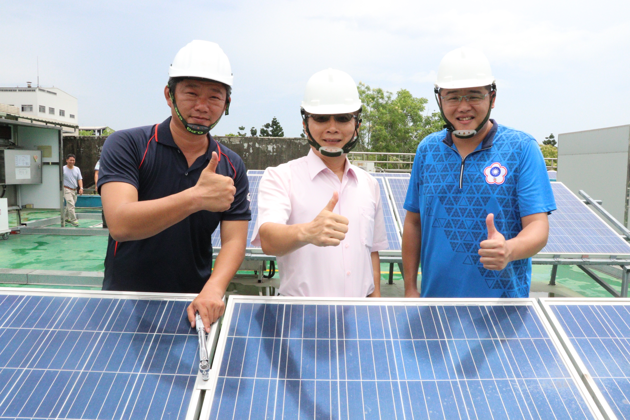20年軍人轉行太陽能經理 年收逾百萬元