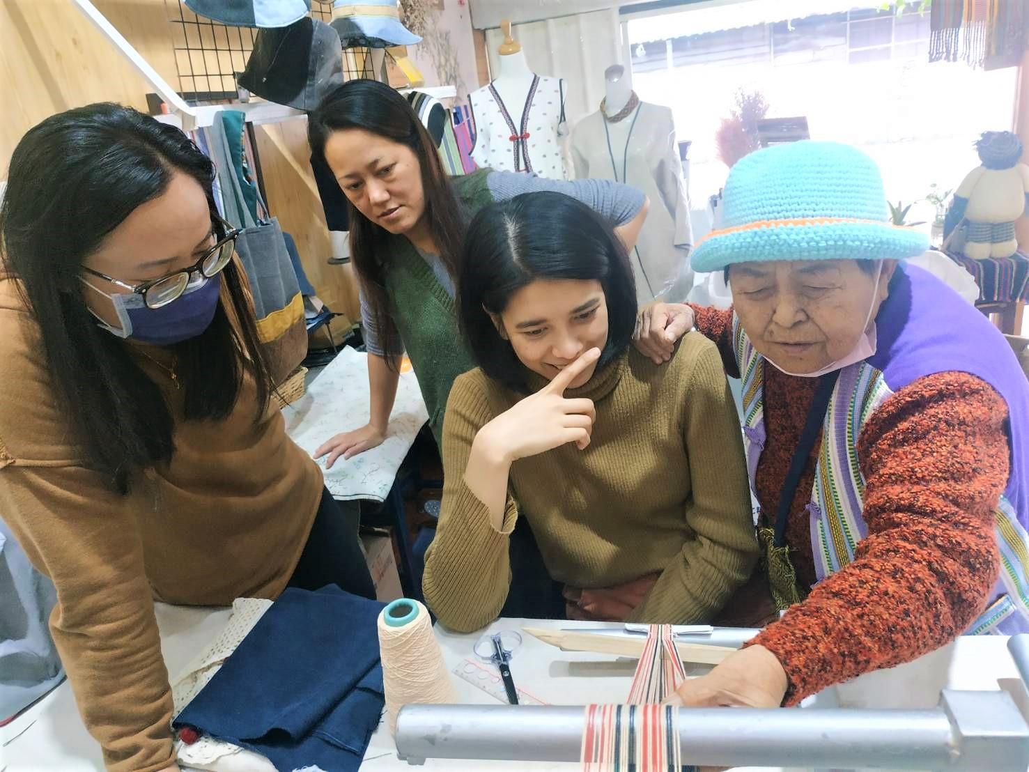 勞動部多元就業開發方案-德米路偏鄉人才育成計畫,協助在地婦女學習傳統織布工藝