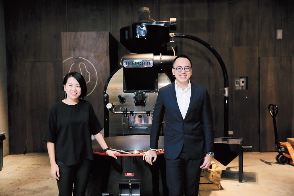 路易莎創辦人黃銘賢(右)獲第19屆新創事業獎金質獎