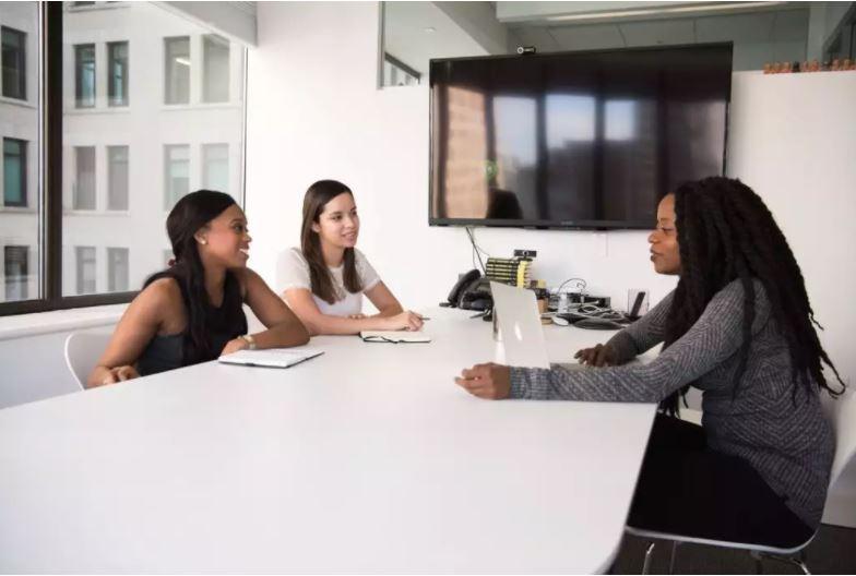 沒開在求職網站的職缺怎麼找?8 個撇步,讓公司直接邀你去面試